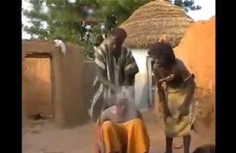 患者の頭に粉をふりかけ素手でバシッ!~アフリカ式頭痛治療~part2